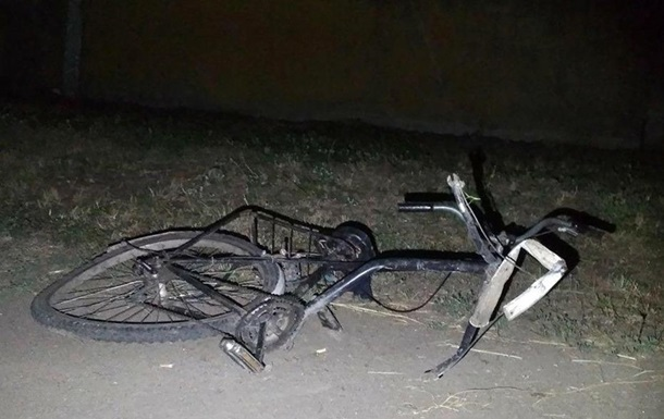 В Александрии полицейский насмерть сбил велосипедиста