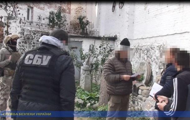 СБУ установила вандала, который разрисовал памятник жертвам Холокоста