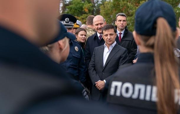 Зеленский заявил о неверной трактовке протестующими формулы Штайнмайера