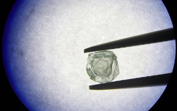 У Якутії знайдено алмаз- матрьошку