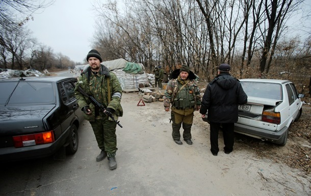 Россия не влияет на отвод сил на Донбассе - Песков