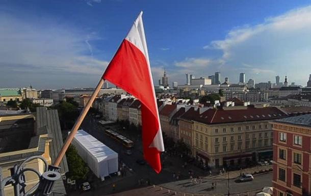 Опасные: украинцы в Польше говорят на русском и едят бандеровские флаги