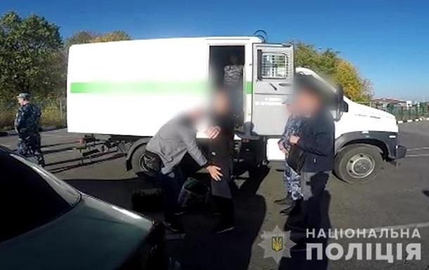 З РФ в Україну екстрадували підозрюваного у вбивстві