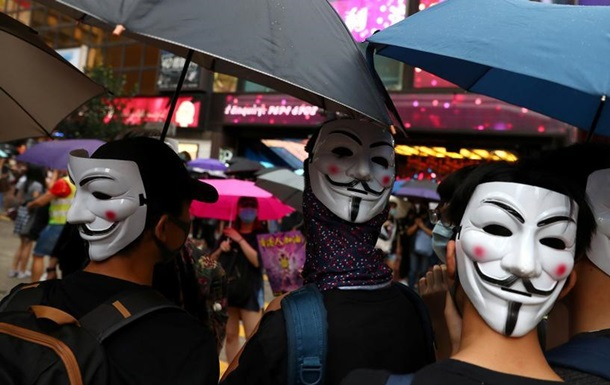 Влада Гонконгу не виключає застосування сили щодо демонстрантів