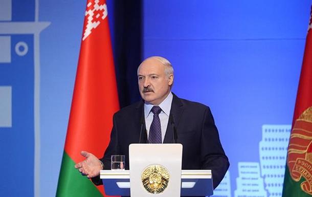 Україну  поручено  американцям і НАТО - Лукашенко