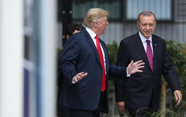 Знищить Туреччину . На кого Трамп залишив Сирію