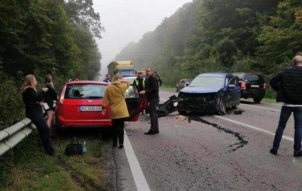 Водителя, пострадавшего в ДТП на трассе Львов - Краков, сделали виновным в столк