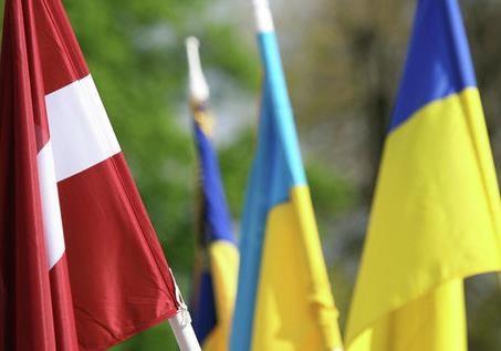 Латвия и Украина планируют новые антироссийские инициативы?