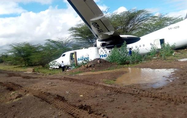 У Кенії розбився літак