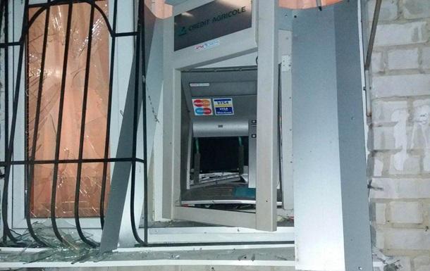 В Днепропетровской области взорвали банкомат и украли деньги