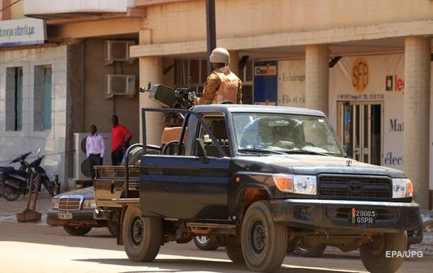 В Буркина-Фасо 15 человек погибли при атаке на мечеть