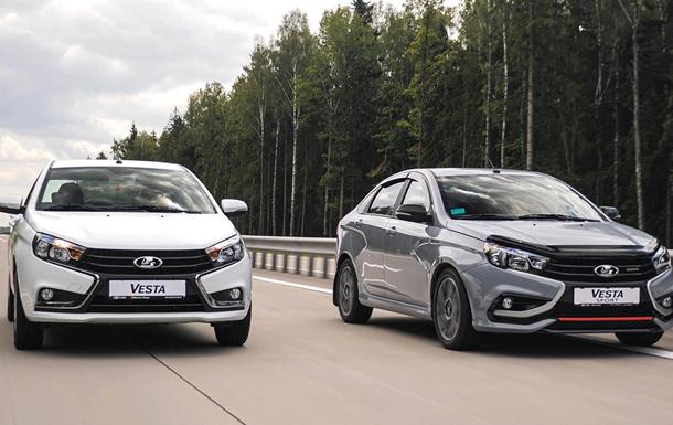 CARCADE передала саратовскому партнеру Яндекс.Такси 50 седанов Lada Vesta