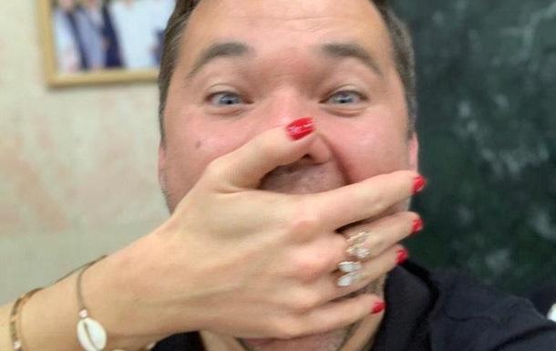 Андрій Богдан заявив, що дівчина вигнала його з дому