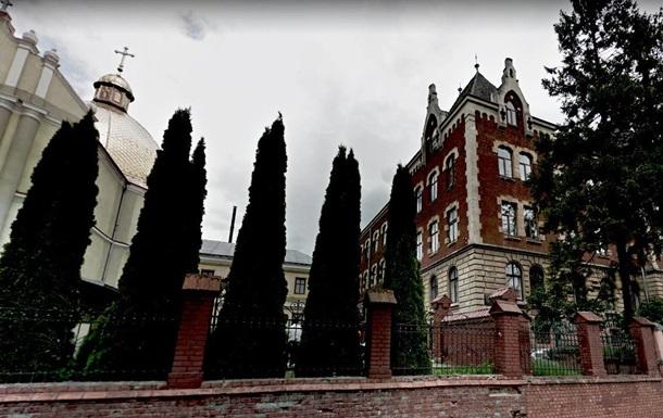 До пошуку останків жертв НКВС в Україні приєднаються експерти з Польщі