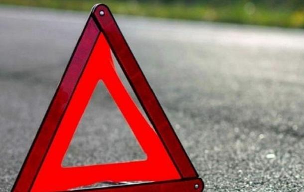 На Львівщині двоє людей загинули в ДТП з мотоциклом