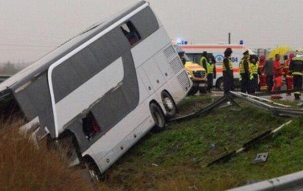 В Румынии автобус с украинцами попал в ДТП