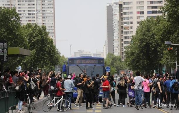 Победа протестов: президент Чили объявил о социальных реформах