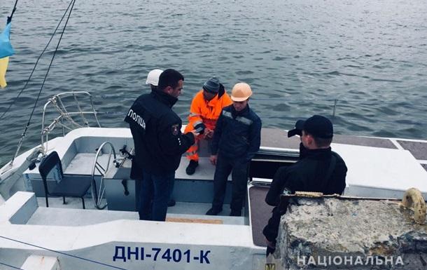 Украинцы переправляли турков самодельными  яхтами  в Европу