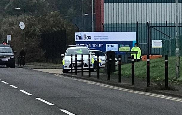 У Великобританії знайшли вантажівку з 39 трупами