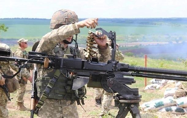 На Донбассе за день 16 обстрелов