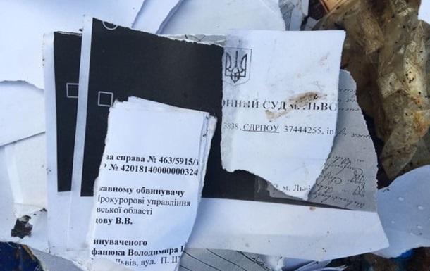 Львовский мусор тайком выбросили в Тернопольской области