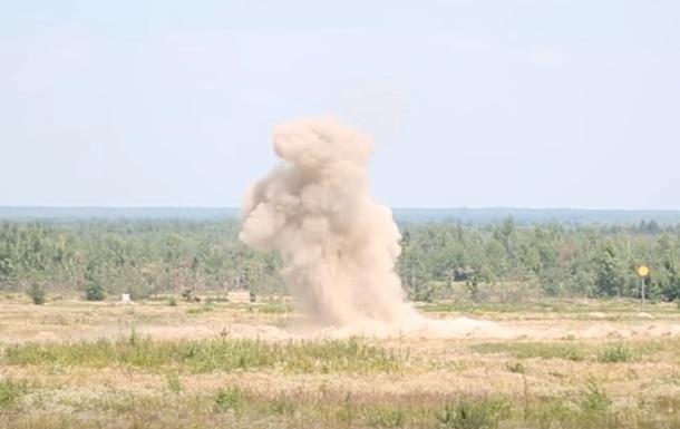В Луганске два человека подорвались на растяжке