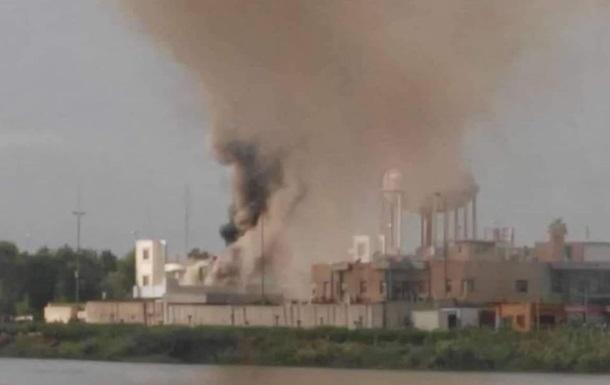 В Ираке протестующие сожгли здание администрации
