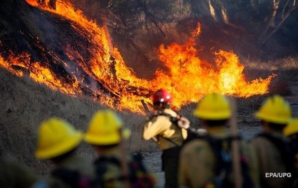 50 тысяч жителей Калифорнии эвакуируют из-за пожара