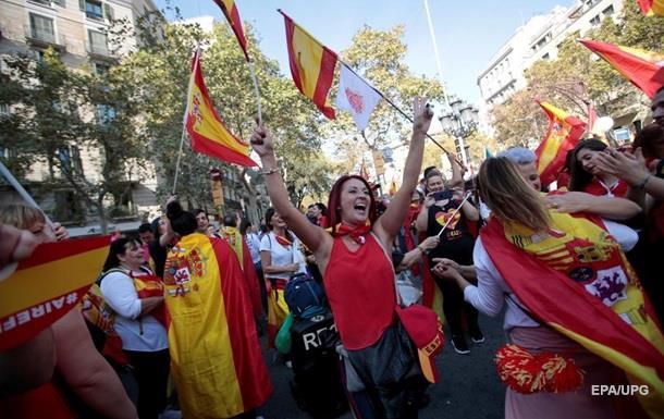 В Барселоне протестуют против независимости от Испании