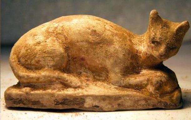 Ученые раскрыли содержимое кошки-мумии