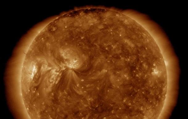 В НАСА показали фото Солнца к Хеллоуину