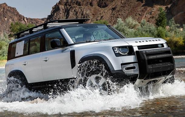Заряджений  Land Rover Defender отримає мотор від BMW