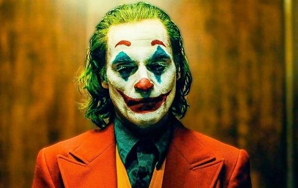 На показе фильма Джокер в Париже мужчина начал кричать  Аллах Акбар!