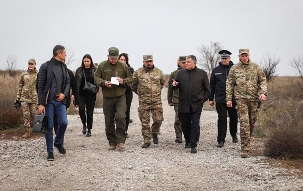Аваков приехал к Азову в Мариуполь