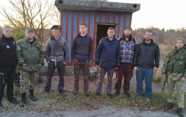 У зоні відчуження ЧАЕС затримали п ятьох сталкерів