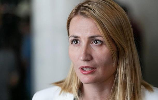 Зеленского просят созвать СНБО из-за вспышки дифтерии