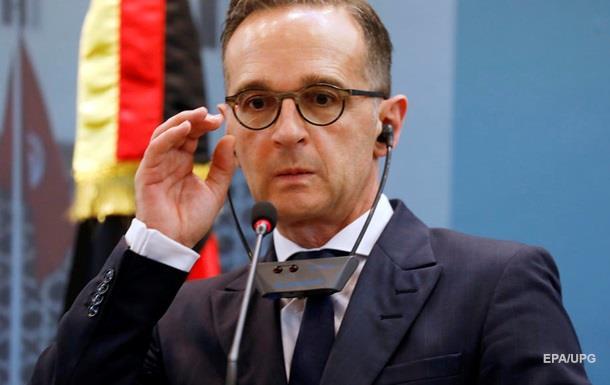 Германия отреагировала на развод сил в Золотом