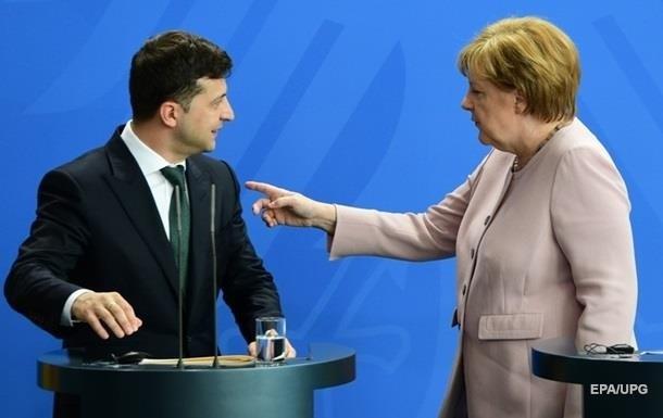 Зеленский провел с Меркель телефонный разговор