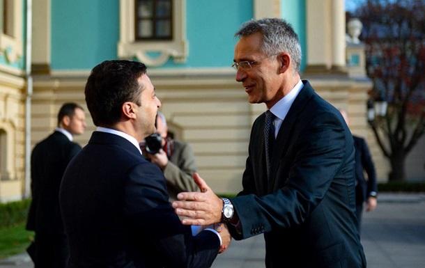 Зеленський просить НАТО розширити співпрацю