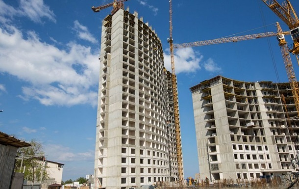 Половину будівництв в Україні визнали ризиковими
