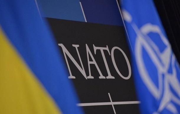 НАТО выделит Украине €40 миллионов