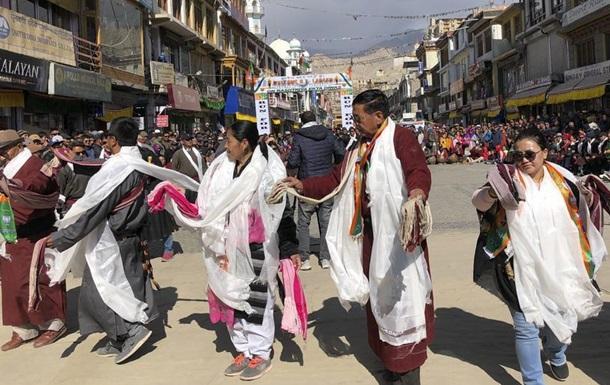 Індія розділила штат Джамму та Кашмір на дві частини