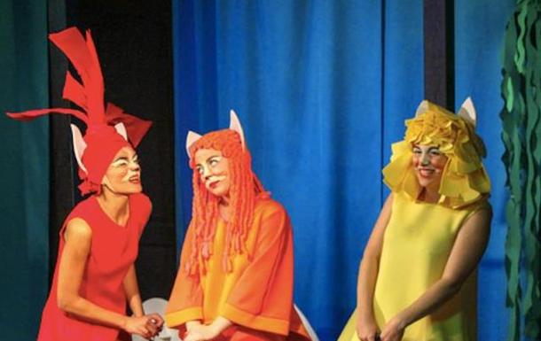 «Вони пречудові!» Батьки та діти діляться враженнями про виставу «Три лисички»