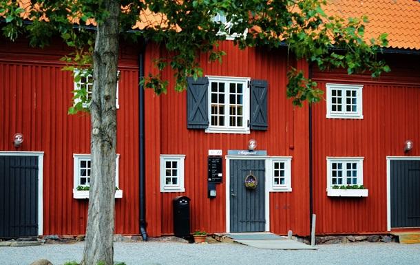 Airbnb заборонила оренду будинків для вечірок