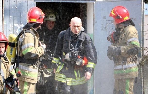На Киевщине произошел крупный пожар в фермерском хозяйстве
