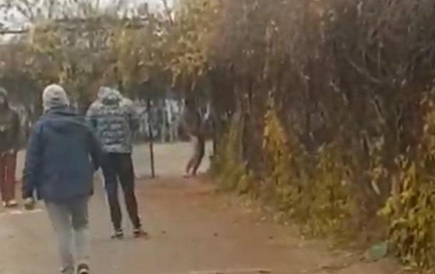 В детскую спортшколу Николаева залез голый мужчина