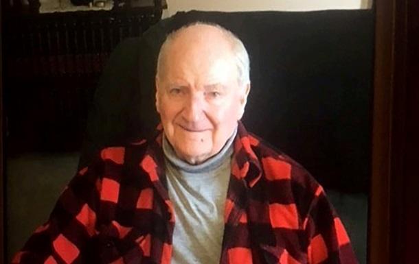 Пенсионер умер в торговельном центре не найдя выхода