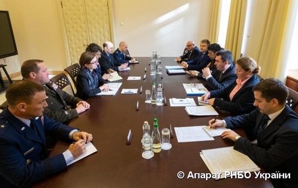 Представники РНБО і Пентагону обговорили війну на Донбасі