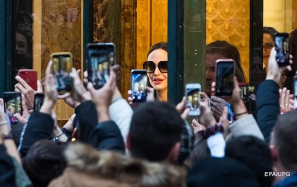 Анджеліна Джолі вирішила назавжди виїхати зі США