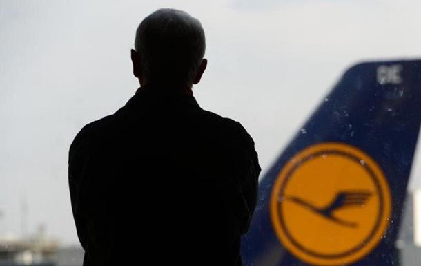 Страйк бортпровідників Lufthansa: 1300 рейсів скасовано